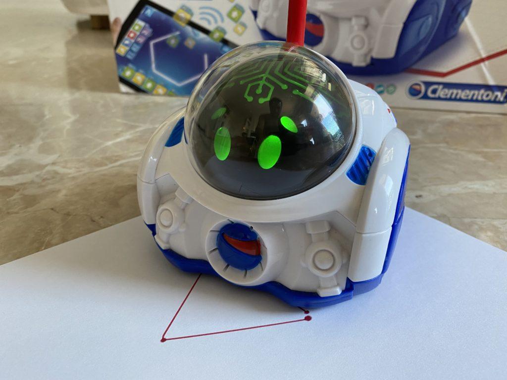 MIND Designer Robot Clementoni